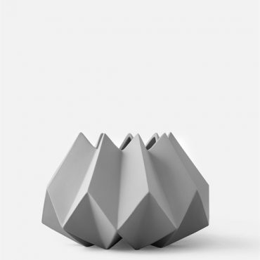 Folded Vase_Ash_Low