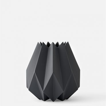 Folded_Vase_Carbon_Tall